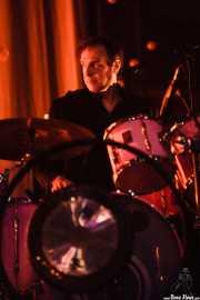 Thomas Wydler, baterista de Nick Cave & The Bad Seeds (Polideportivo Municipal José Antonio Gasca, Donostia / San Sebastián, 2008)