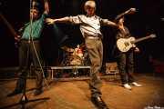 Ken Fox -bajo y voz-, Bill Milhizer -batería-, Peter Zaremba -voz, teclado y armónica- y Keith Streng -guitarra y voz- de The Fleshtones (, , 2008)