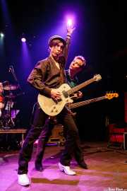 Ken Fox -bajo y voz- y Keith Streng -guitarra y voz- de The Fleshtones (, , 2008)