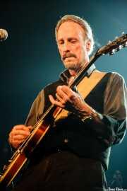 Larry Parypa, guitarrista de The Sonics, Santana 27, Bilbao. 2008