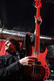 Manu Núñez, bajista de Los Chicos (El Balcón de la Lola, Bilbao, 2009)