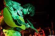 Adam Granduciel. guitarrista y cantante de The War on Drugs, Sala Rockstar. 2009