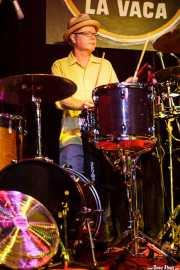 Dave Hartman, baterista de Southern Culture on the Skids (Freakland Festival, Ponferrada, 2009)