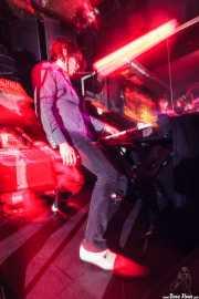 Elliot Mortimer, teclista de The Jim Jones Revue (El Balcón de la Lola, Bilbao, 2009)