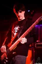 Jero, bajista de Tiparrakers (Sala Edaska, Barakaldo, 2009)