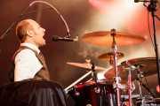 """Mathieu Jourdain """"Phil"""", baterista de The Inspector Cluzo (Azkena Rock Festival, Vitoria-Gasteiz, 2009)"""