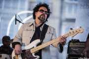 Nick Govrik, bajista y baterista de Mike Farris & the Roseland Rhythm Revue, Azkena Rock Festival, Vitoria-Gasteiz. 2009