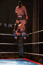 039-wrestling-ahmed-chaer-vs-crazy-sexy-mike