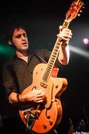 Alfredo Niharra, guitarrista de Tulsa (Sala Azkena, Bilbao, 2010)