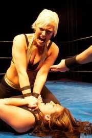 019-wrestling-jazzy-bi-vs-wesna