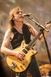 Malcolm Young, guitarrista de AC/DC, Estadio de San Mamés, Bilbao. 2010