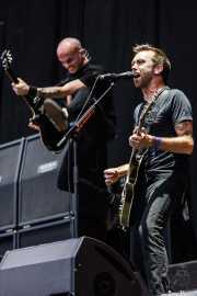 Tim McIlrath -voz y guitarra- y Zach Blair -guitarra- de Rise Against, Bilbao BBK Live, Bilbao. 2010