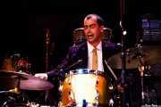 Marcial García, baterista de The Excitements, Joy Eslava, 2010
