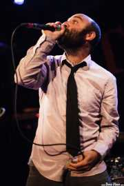 Cantante de The Fastbacks Tribute Variety Show (Tractor Tavern, Seattle, 2010)