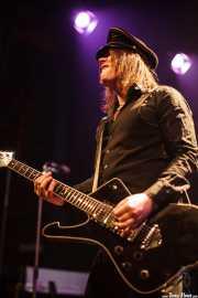 Nicke Andersson, cantante y guitarrista de Imperial State Electric (Kafe Antzokia, Bilbao, 2011)