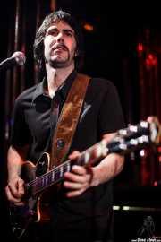 Dani Trillo, guitarrista de Los Platillos Volantes (El Balcón de la Lola, Bilbao, 2011)