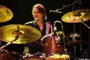Cody Dickinson, baterista y teclista de North Mississippi Allstars, Kafe Antzokia, Bilbao. 2011