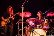 Luther Dickinson -voz y guitarra- y Cody Dickinson -batería y percusión- de North Mississippi Allstars, Kafe Antzokia, Bilbao. 2011