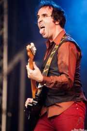 Joseba Irazoki, guitarrista de Atom Rhumba (Azkena Rock Festival, Vitoria-Gasteiz, 2011)