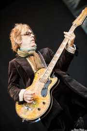 Tom Petersson, bajista de Cheap Trick (Azkena Rock Festival, Vitoria-Gasteiz, 2011)