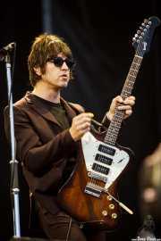 Gem Archer, guitarrista de Beady Eye (Bilbao BBK Live, Bilbao, 2011)