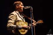 Win Butler, cantante, guitarrista, pianista y mandolinista de Arcade Fire (Explanada del museo Guggenheim, Bilbao, 2011)
