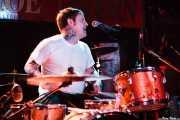 Ron Miller, baterista de Kid Congo and The Pink Monkey Birds, The Horseshoe Tavern, 2011