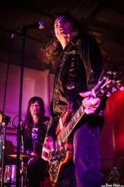 Kelly Halliburton -baterista- y Fred Cole -cantante y guitarrista- de Pierced Arrows, Barreiro Rocks. 2011