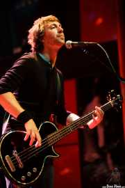 Micky Waters, bajista de The Answer, Kafe Antzokia, Bilbao. 2012