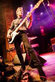 Ken Fox, bajista y cantante de The Fleshtones (Kafe Antzokia, Bilbao, 2012)