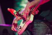 Jon Manzisidor, guitarrista, cantante, multiinstrumentista de Gora Japón, Bizkaia Aretoa - UPV/EHU, Bilbao. 2012
