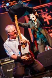 Steve Walwyn -guitarra- y Robert Kane -voz y armónica- de Dr. Feelgood (Festival Internacional de Blues de Getxo 2012, Algorta, Getxo, 2012)