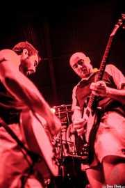 Lorenzo Moretti y Michele Malagnini, guitarristas de Giuda, Funtastic Dracula Carnival. 2012