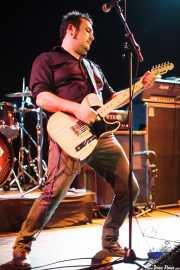 David Hono, cantante y guitarrista de Sonic Trash, Teatro Campos, Bilbao. 2012