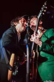 Bajo y Vincent John -guitarra- de Lee Fields & The Expressions (, , 2012)