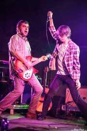 Xavi Cardona -guitarra- y Bart Davemport -voz- de Bart Davenport & Biscuit (Purple Weekend Festival, León)