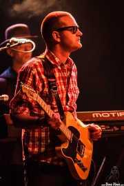 John Turnbull -guitarra- y Alan Dunn -teclado y acordeón- de Bob Geldof (Sala BBK, Bilbao, 2013)