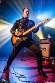 Juanjo Arias, guitarrista de Sonic Trash, Sala Rockstar, Barakaldo. 2013