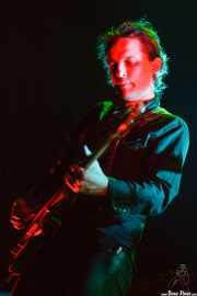 Judah Bauer, guitarrista de The Jon Spencer Blues Explosion, Kafe Antzokia, Bilbao. 2013
