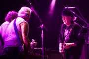 "Billy Talbot -bajista-, Frank ""Poncho"" Sampedro -guitarrista- y Neil Young -guitarrista y cantante- y de Neil Young & Crazy Horse, Stade Aguiléra. 2013"