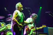 "Frank ""Poncho"" Sampedro -guitarrista- y Billy Talbot -bajista- de Neil Young & Crazy Horse, Stade Aguiléra. 2013"