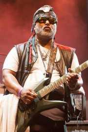 """Michael """"Kidd Funkadelic"""" Hampton, guitarrista de George Clinton's Parliament Funkadelic, Stade Aguiléra. 2013"""