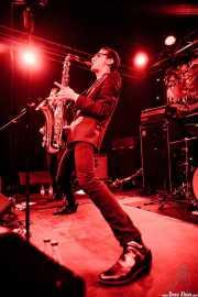 Spencer Evoy, cantante y saxofonista de MFC Chicken, Funtastic Dracula Carnival, Benidorm. 2013