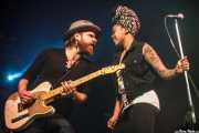 Matt Hill -guitarrista- y Nikki Hill -cantante-, Purple Weekend Festival. 2013