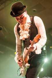 Imanol G. Alcón, guitarrista y cantante de Supersweet, Santana 27, Bilbao. 2014