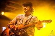 Alain Llopart, guitarrista y banjista de Dead Bronco, Santana 27. 2014