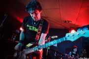 Albert Hustler, bajista de Screaming George & The Hustlers, en Santana 27, BIlbao