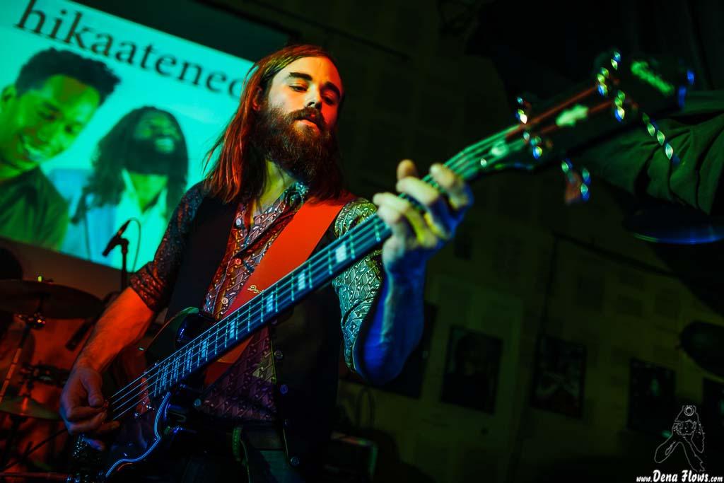 John The Conqueror. Galería de fotos por Dena Flows