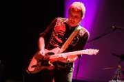 Hendrik Röver,cantante, guitarrista y armonicista de Hendrik Röver y los Míticos GT's (Sala BBK, Bilbao, 2014)