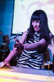 Jungle Julia, teclado Farfisa de Las Aspiradoras, en el Fuzz in the City 2014, Bilbao